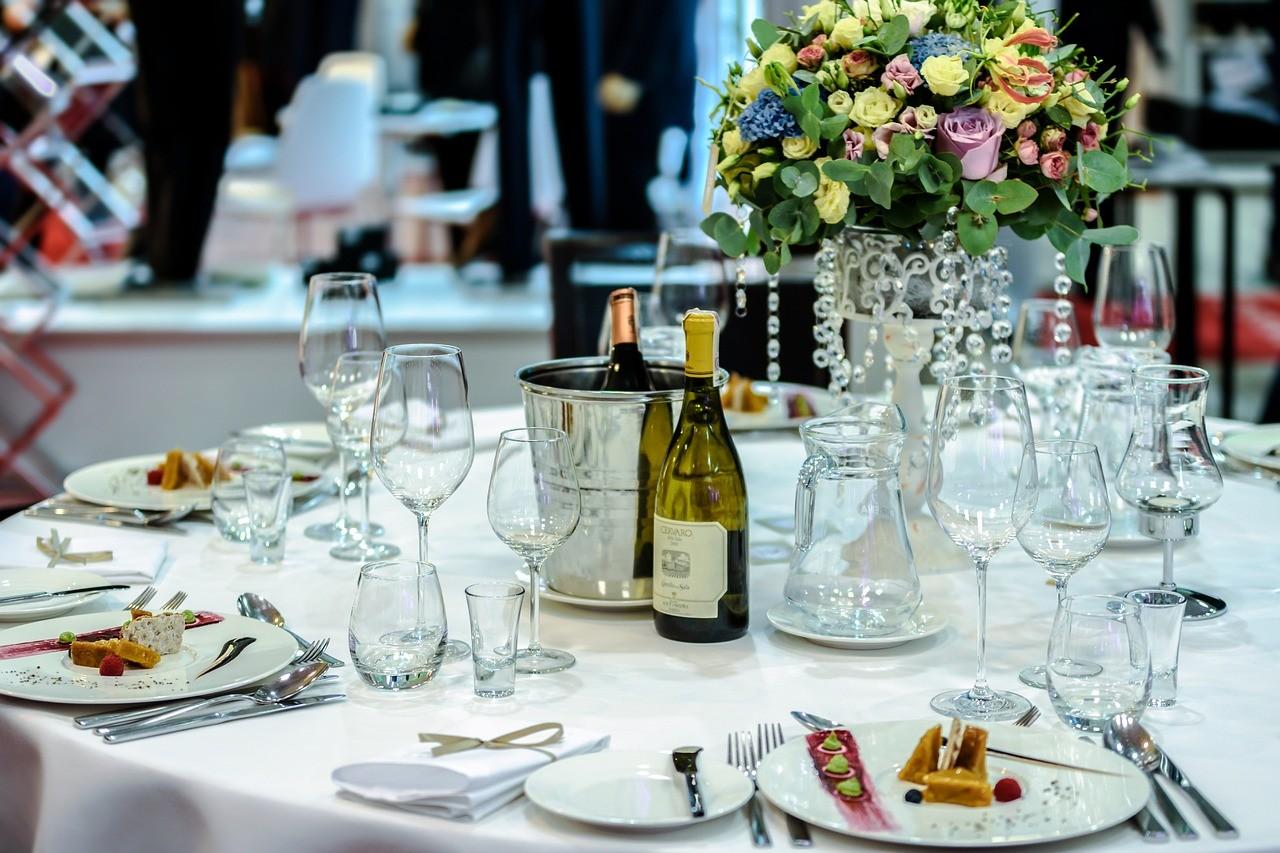 banquete exclusivo 1812772 12801